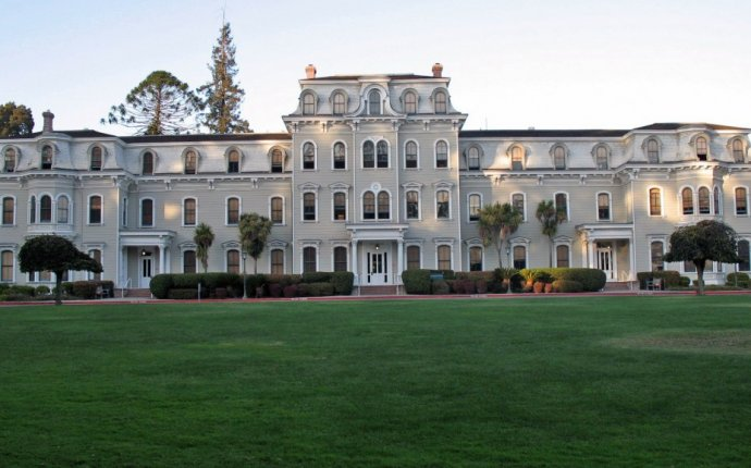 20 Best Deals on Small Colleges in California - Great College Deals
