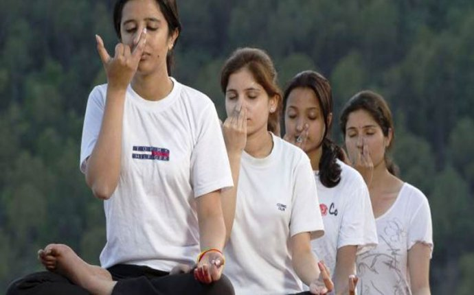 Ayurveda College Courses in India - HTCampus