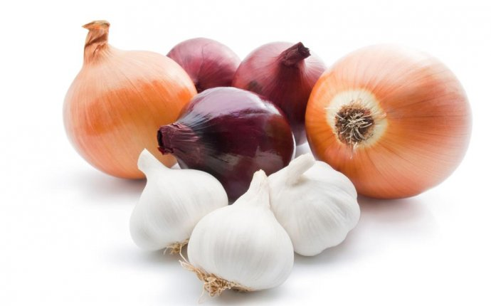 Ayurveda On Rajasic and Tamasic Foods: Onion and Garlic