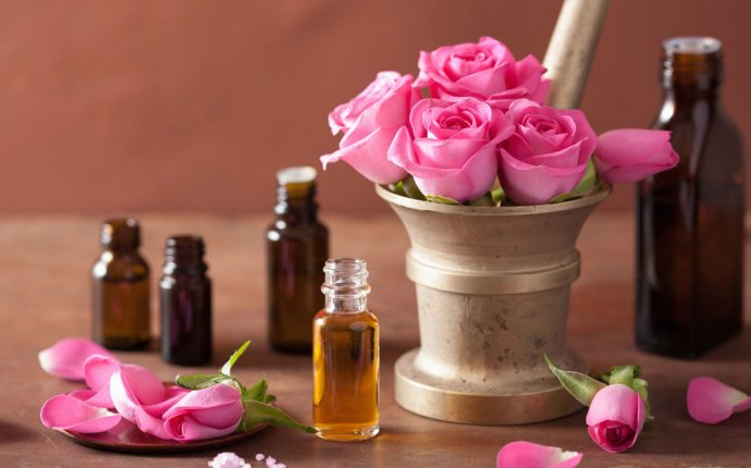 Balance Your Doshas With Aromatherapy!
