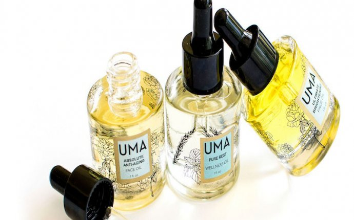 My Favorite Face Oils Right Now - Simply Stylish