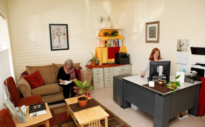 Our Clinic reception area, which can schedule an appointment for a