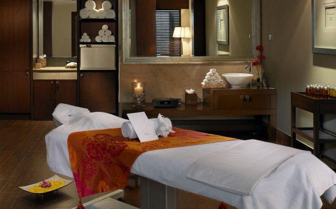 The Leela Kovalam Ayurveda Luxury Spa Holidays, Hotels & Packages