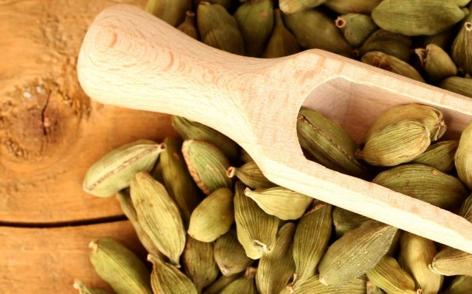 Cardamom Health Benefits Ayurveda