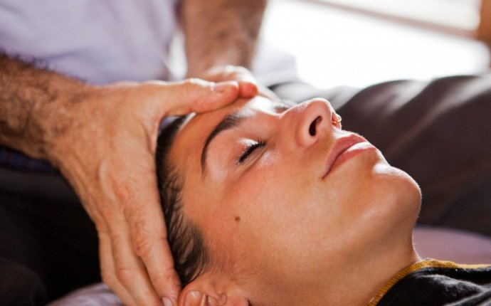 How to do Ayurvedic massage?